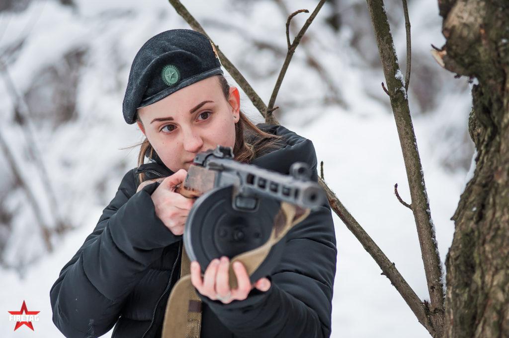 Тир с охолощенным ППШ в парке Сокольники